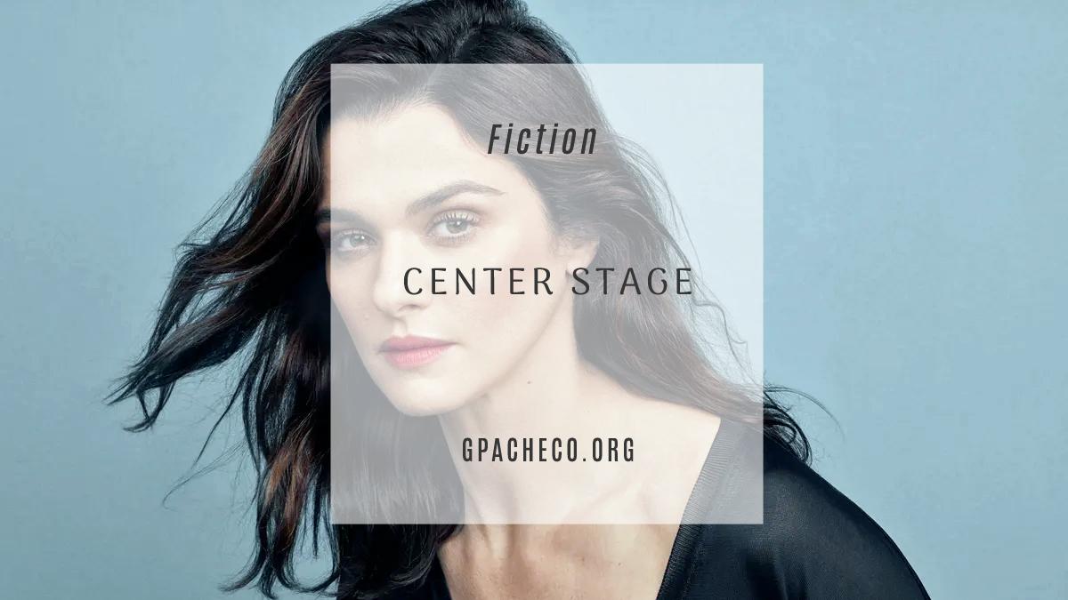 Rachel Weisz as Caroline Santiago